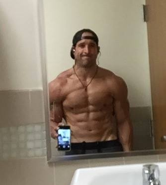 Repeat LBC client Jon Abbate looking LEAN! - Lean Bodies Consulting